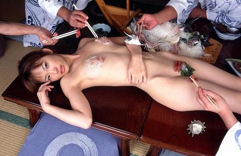 女体盛り エロ画像7
